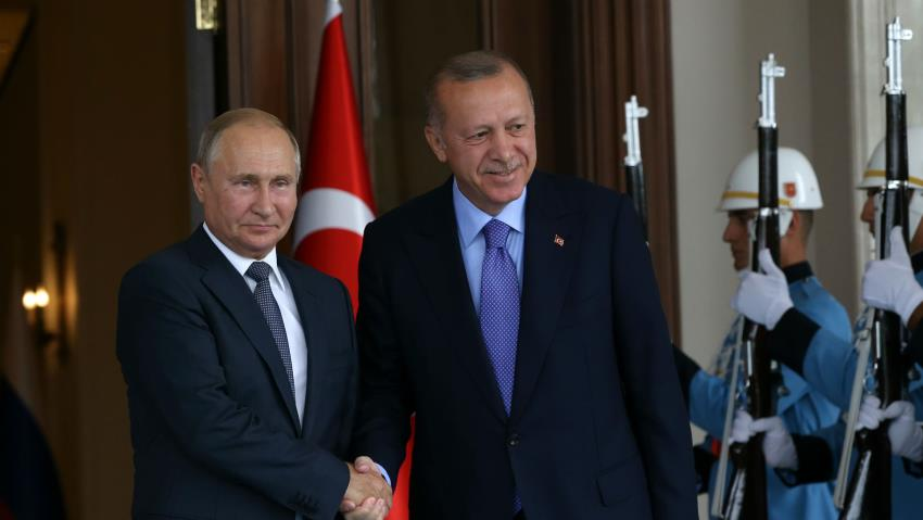 Putin invites Erdogan to Russia amid Syria offensive: Kremlin