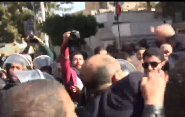 Police clash with Egyptians celebrating ruling on islands
