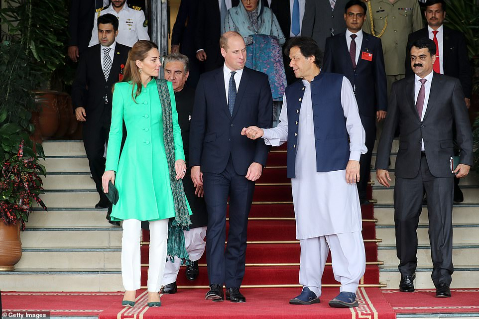 Prince William, Kate meet PM Imran Khan and Prez Alvi