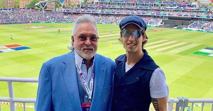 Vijay Mallya booed at Oval, called