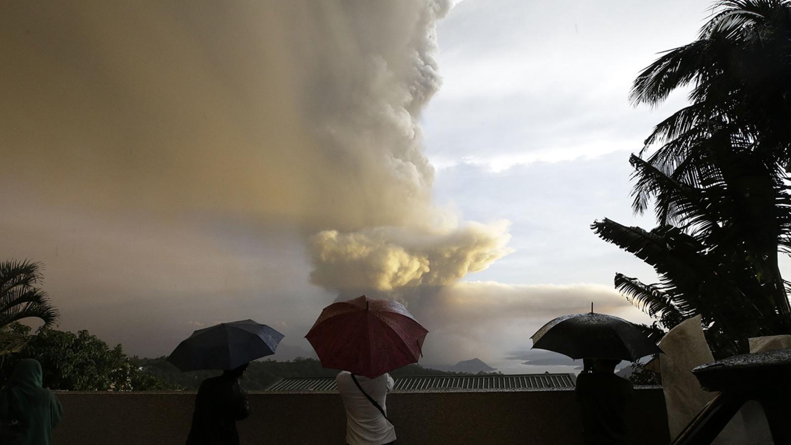 philippines:volcanonearmanilacoulderuptagainincomingdays:officials