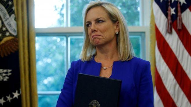 US homeland secretary Kirstjen Nielsen steps down