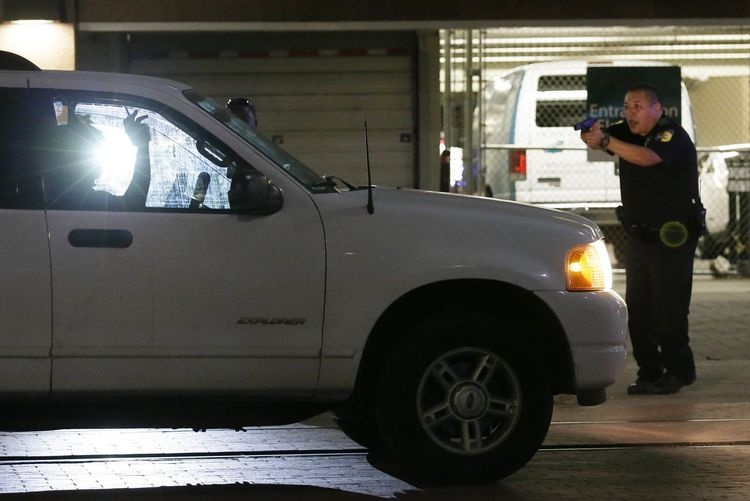 Four police officers killed by snipers in Dallas