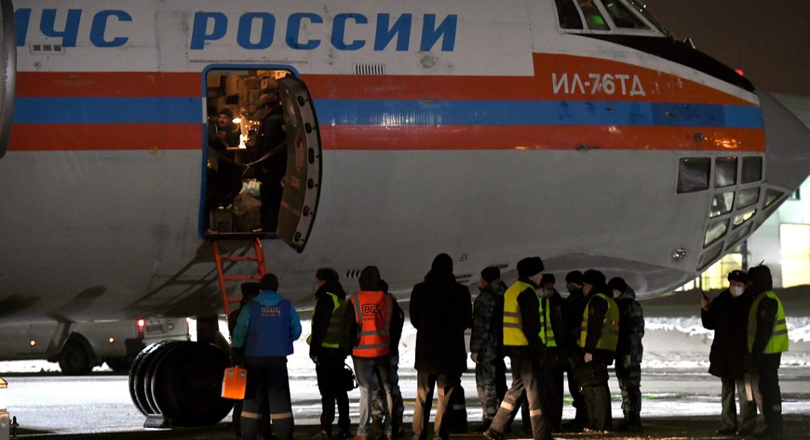 Plane carrying 30 Russian children from Baghdad lands at Moscow