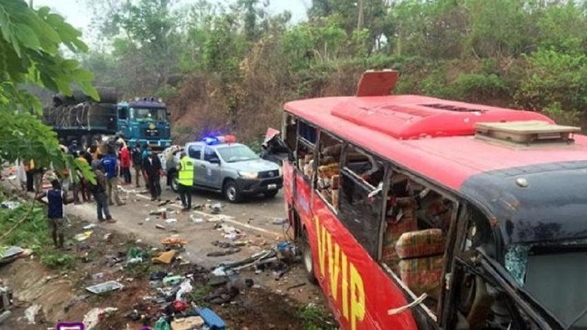 At least 60 people killed in bus crash in Ghana
