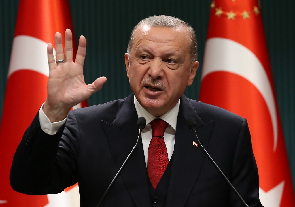 Recep Tayyip Erdogan challenges US to impose economic sanctions