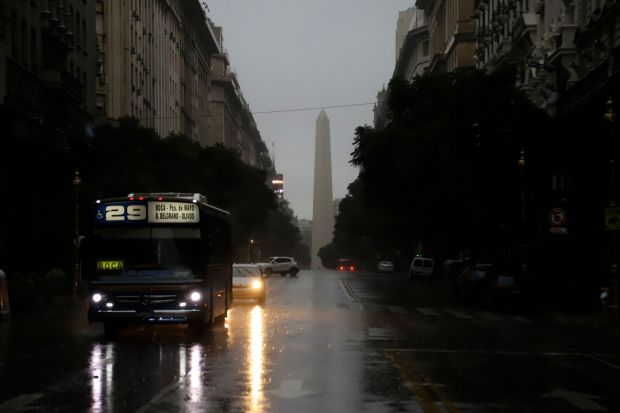 Massive blackout leaves more than 44 million people without electricity in Argentina, Uruguay