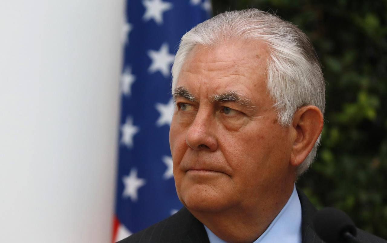 Rex Tillerson to meet Lebanese PM Saad al-Hariri in Paris