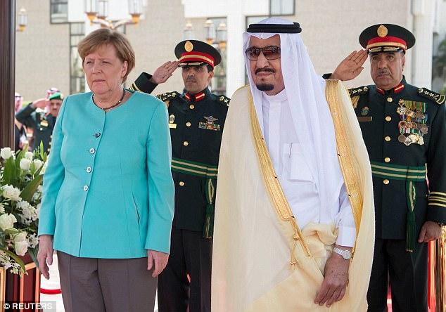 Angela Merkel arrives without headscarf in Saudi Arabia