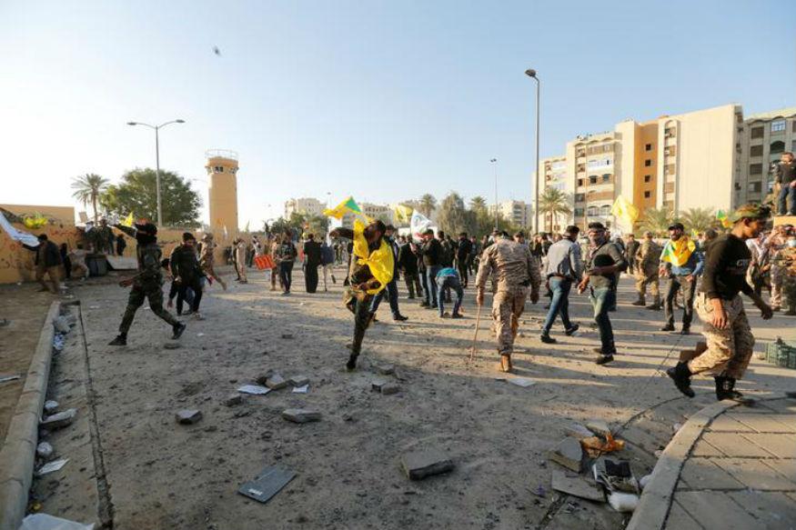 usrushes750troopstomiddleeastafterprotestersattackembassyiniraq