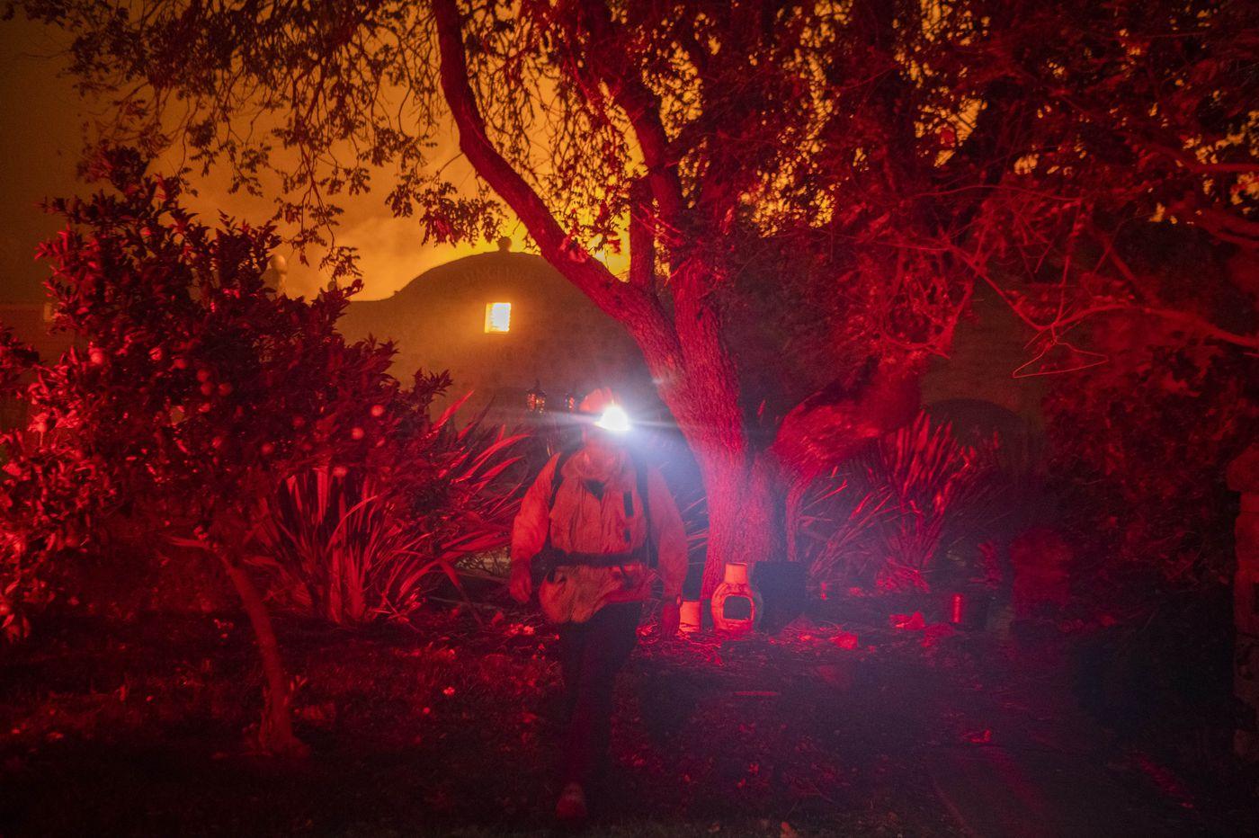 californiadeclaresstatewideemergencyasmorethan3000firefightersbattleragingforestfire