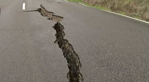 New Zealand hit by aftershocks after severe earthquake