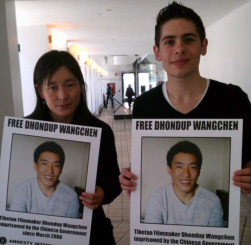 Tibetan film-maker flees China, arrives in the U.S.