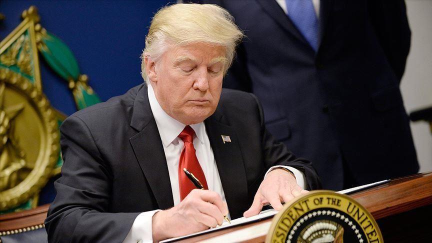 Trump imposes sanctions on Iran