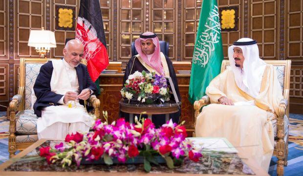 Saudi King Salman, Afghan president discuss peace efforts