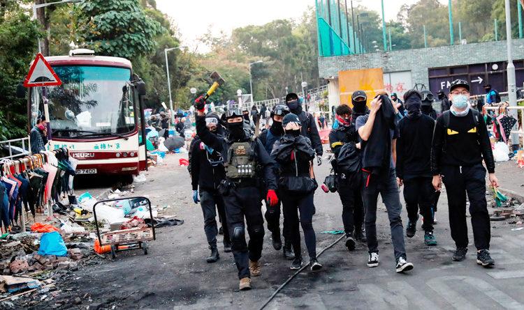 Anti-government protestors paralyse parts of Hong Kong