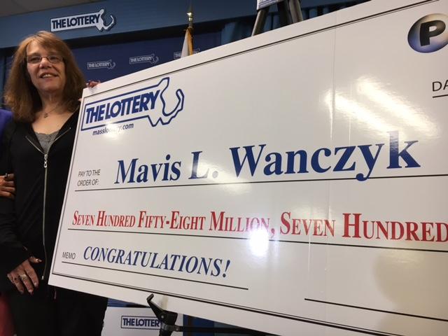 Mavis Wanczyk, Mother Of Two Wins $758.7 Million In Record Single US Jackpot, Quits Job