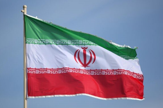 Iran says US should lift sanctions before talks