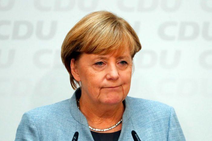 Social Democrats sign up to new Merkel-led German government
