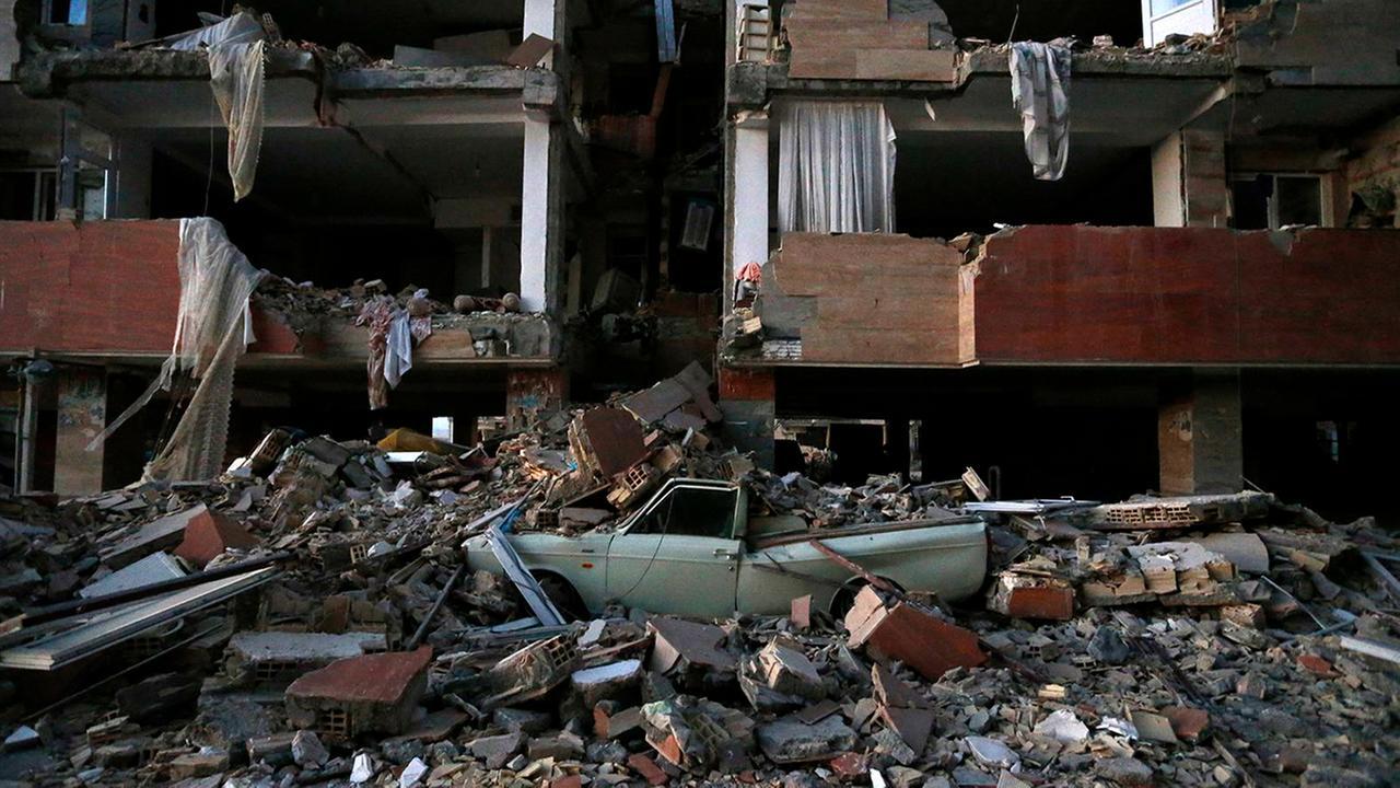 Magnitude 6.2 earthquake hits  southeast Iran: State media