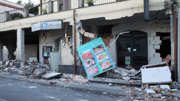 4.8-magnitude earthquake hits Sicily
