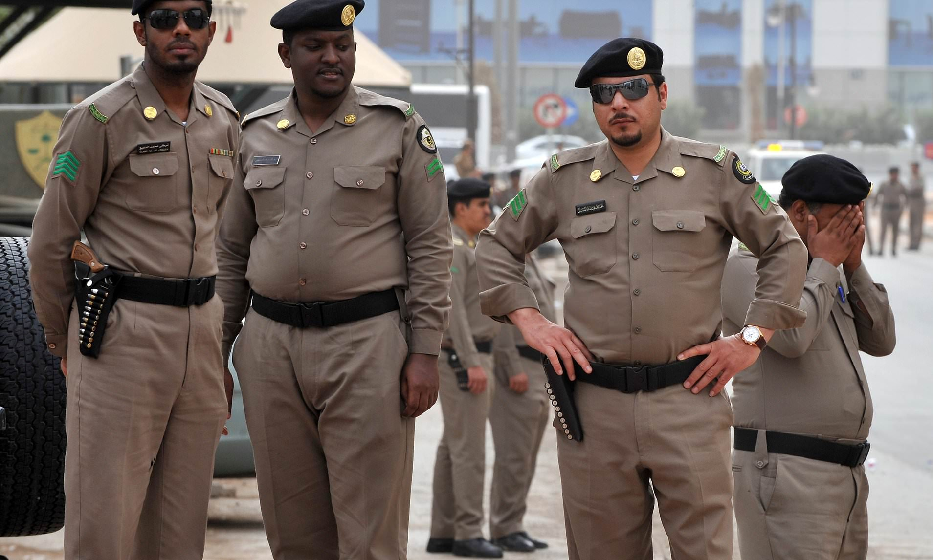 Saudi Arabia arrests 13 People suspected of plotting terrorist attacks
