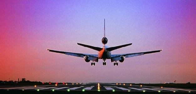 Plane makes emergency landing at Boston, US