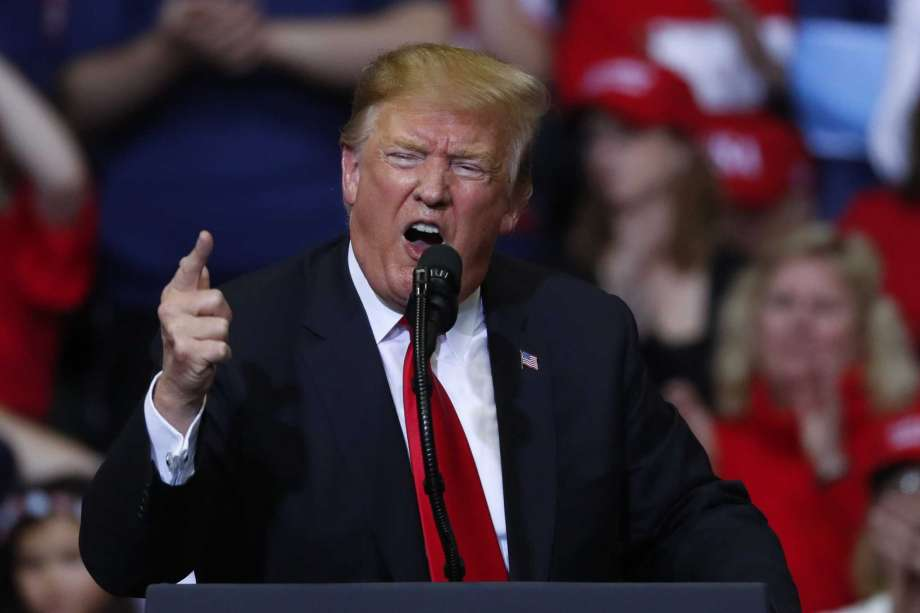 Trump threatens to shut Mexico border -