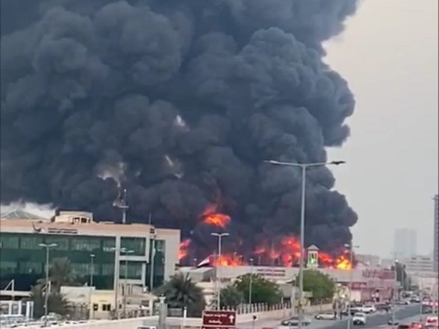 Firefighters put out Ajman market blaze, no casualties reported