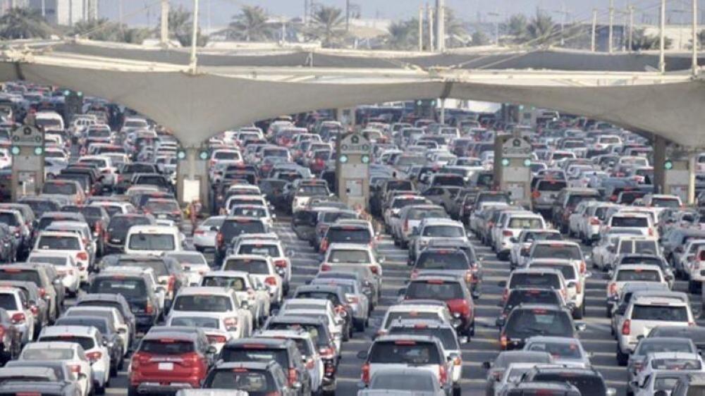 Saudis allowed into Bahrain without border procedures