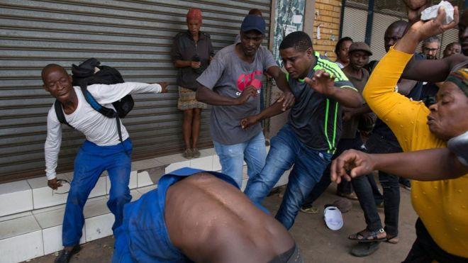 southafricaplansdriveagainstillegalforeignworkers