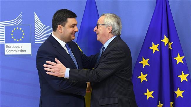 European Union approves visa-free travel for Ukrainians