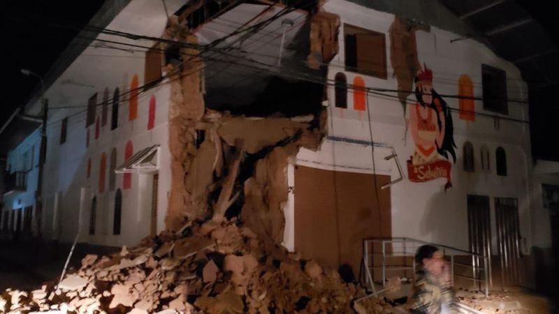 8.0-magnitude quake hits Peru