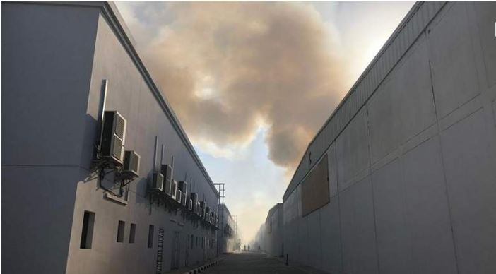 Massive fire breaks out in Sharjah warehouse