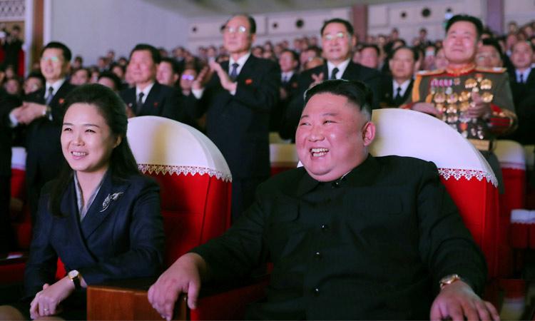 wifeofnorthkorea'skimmakesfirstpublicappearanceinayear