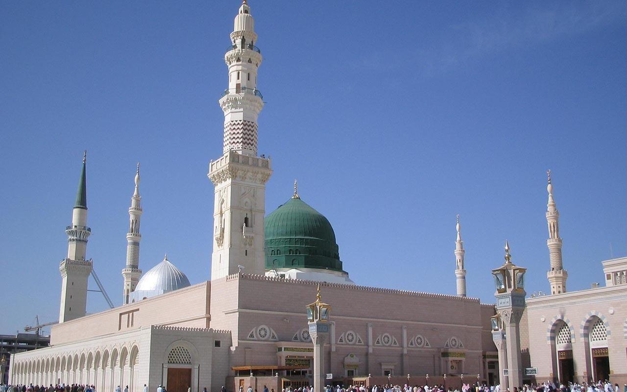Imam of Masjid-e-Nabavi, Shaikh Ahmed Al-Ammari  passes away