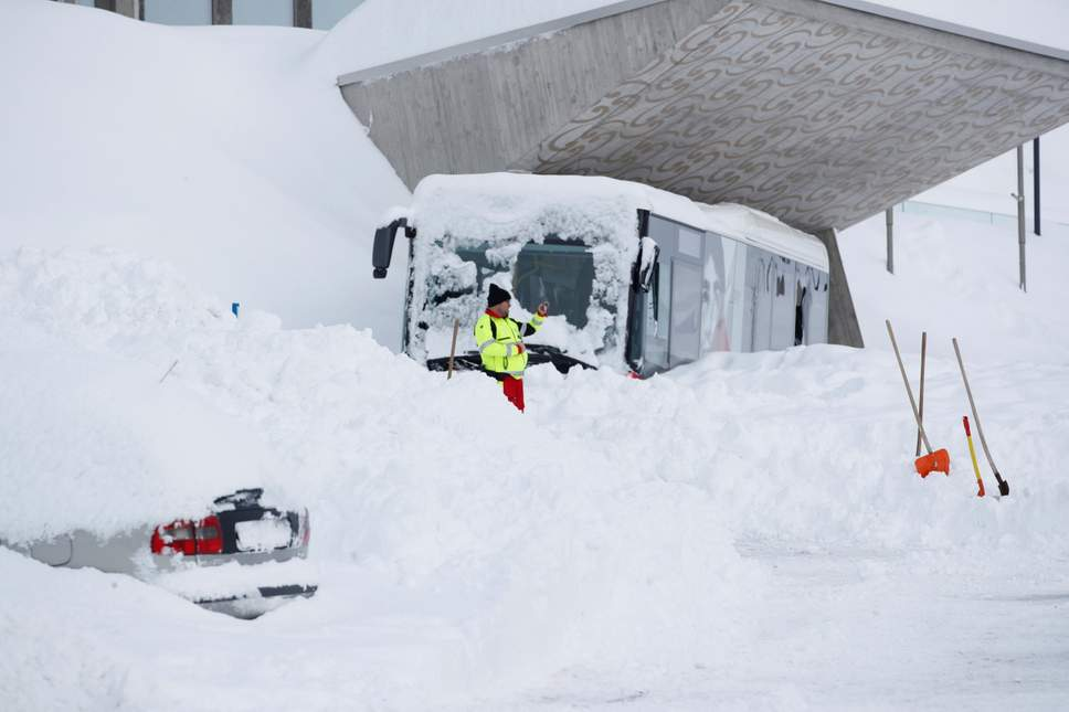 Avalanche burst into hotel killing 4 people in Switzerland