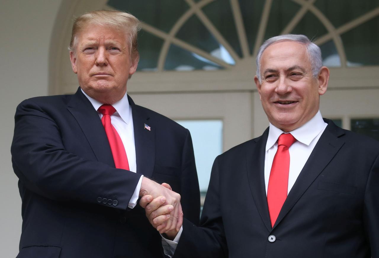 Trump invites Netanyahu to US for peace plan talks