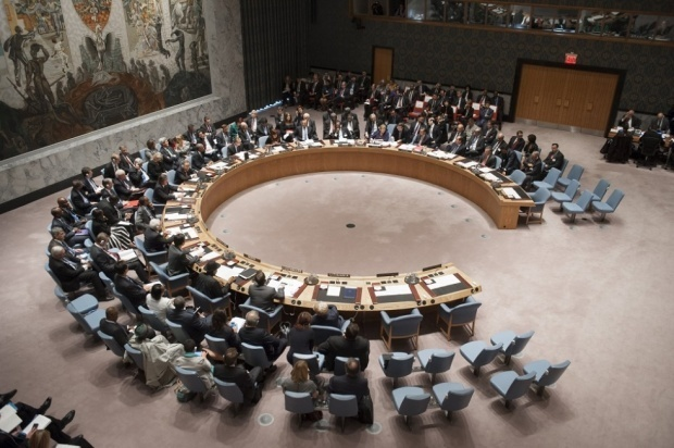 UN Security Council unanimously adopt resolution to cut-off revenue flows to IS