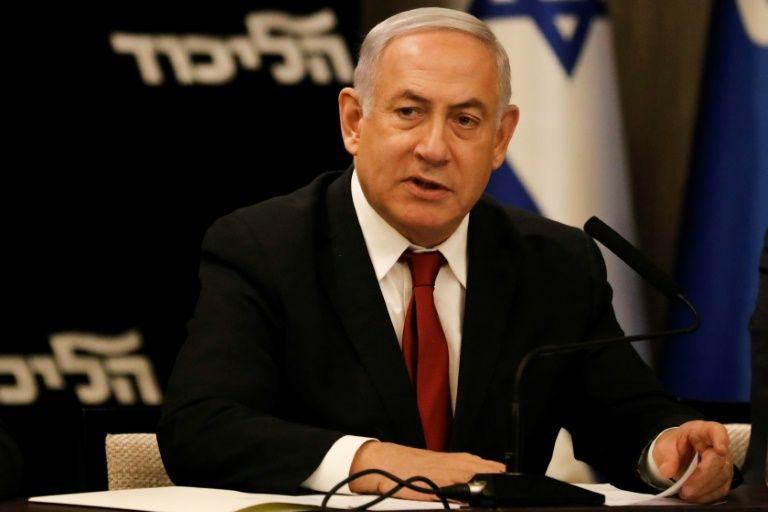 Netanyahu calls on Gantz to form unity government together