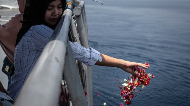 Lion Air crash: Boeing sued by victim