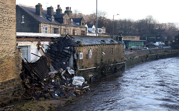 Northern England hit by unprecedented floods: Thousand flee their homes