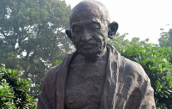 Bust of Mahatma Gandhi defaced in Kannur, Kerala