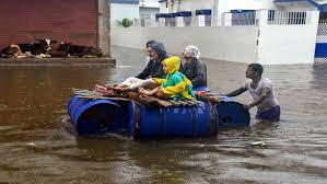 Thousands of people affected by flash floods in Bihar