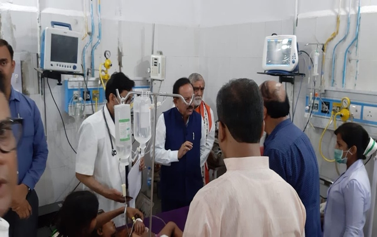 Dr.Harsh Vardhan asks Bihar govt to establish ICU at PHCs in Encephalitis affected areas