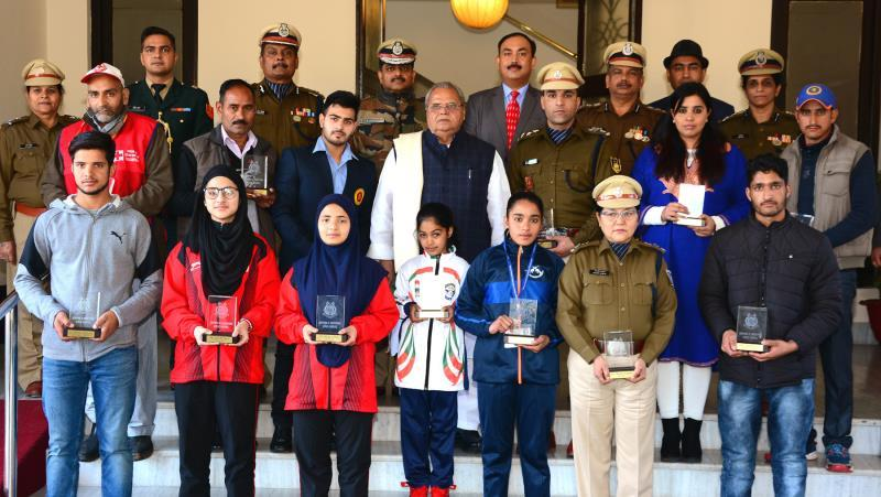J&K Governor Satya Pal Malik honours 13 men, women describing them as role models