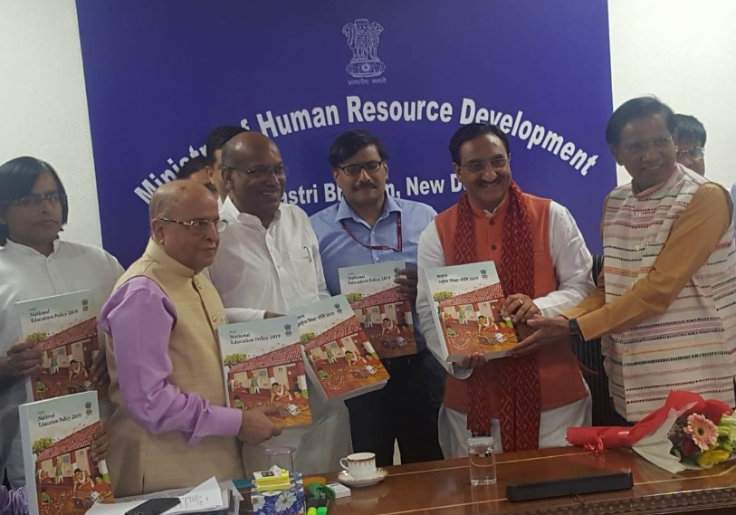 Kasturirangan committee submits new draft education policy to HRD Ministry