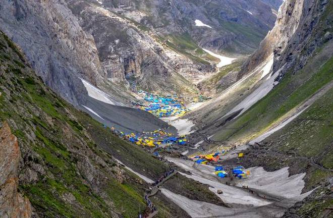Fresh batch of over 3,000 pilgrims leave for Amarnath