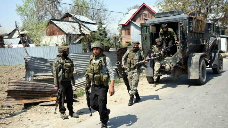 Two Lashkar-e-Taiba terrorists arrested in Kashmir