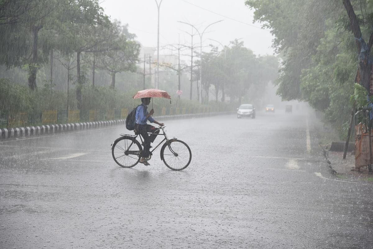 Heavy rainfall for more five days in Telangana: IMD